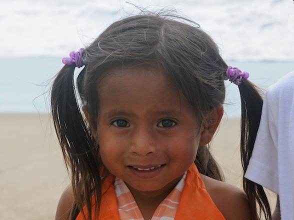 Local Ecuadorean girl we saw on the beach with her family