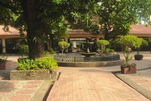 Manila PIX 33